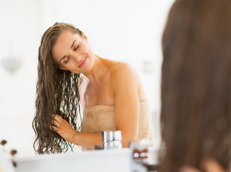 Репейное масло для волос: полезные рекомендации и рецепты лучших масок