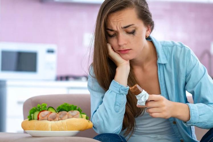 Импульсивная гиперфагия – заедание стресса