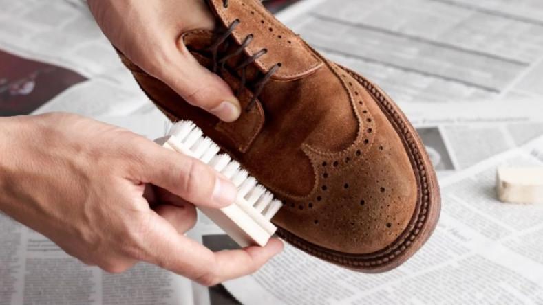Правила чистки замшевой обуви